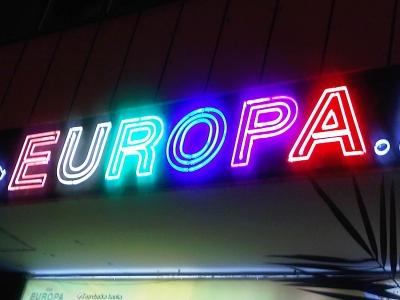 """HRVATSKA - EVROPA - CROATIA - EUROPA [iliti: """"fali 100k kn, nema problema novi je klijent pred vratima""""]"""